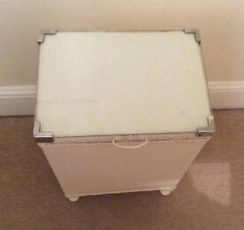 Laundry basket with glass top