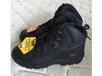 Magnum Safety Boots - Brand New Size 10