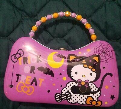 Hello Kitty Halloween (Hello Kitty Halloween 2019 Tin Purse Trick Treat Brand)