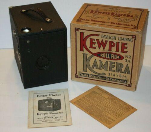 """1926 Conley Box Camera No.3 """"Kewpie Kamera"""" w/ Sears Roebuck OB & 21pg Manual"""