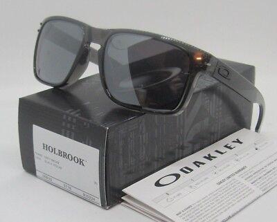 Oakley Grey Smoke Black Iridium Holbrook Oo9102 24 Sunglasses  New In Box