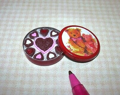 Miniature Lola Tin Of Valentine Chocolates  Teddy Lid   Dollhouse 1 12 Scale