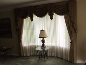 Professional Beautiful drapes with Valence