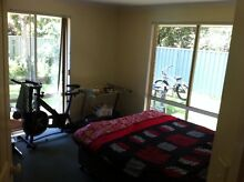 LARGE GARDEN VIEW ROOM WITH FULL BATHROOM NO BILLS WIFI QUEEN BED Byron Bay Byron Area Preview