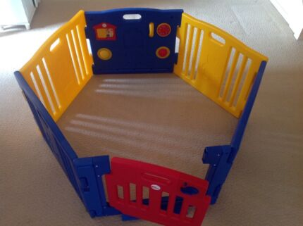 Playpen Mamakiddies 6 sided baby play pen