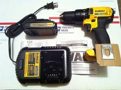 DeWalt DCD780 DCD780B 20V Compact Drill Driver w dcb201 battery & dcb101 charger on Rummage