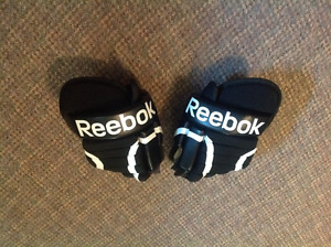 "Reebok SC87 Junior 10"" Gloves- Black"