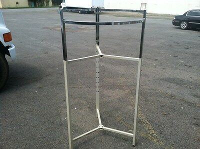 Lot Of 5 Adjustable Clothing Racks Round Clothes Retail Store Commercial
