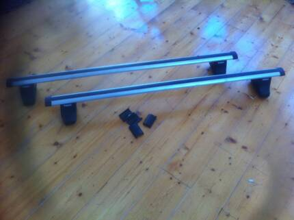 Thule roof bars for BA Ford
