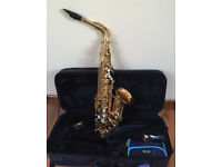 Saxophone Jupiter JAS-567 Alto with bag, books and music stand