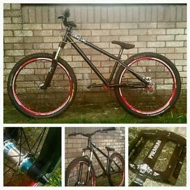Custom jump bike (MUST SEE)