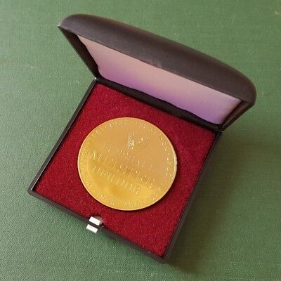 DDR Medaille - BFC Dynamo - Fussball Meister der DDR - 35 Jahre