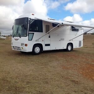 1989 Hino Rainbow Motorhome built for two Lockyer Valley Preview