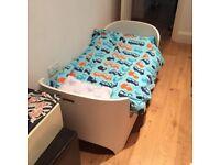 Leander Cot Bed including extension for junior bed