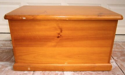 Wooden Blanket⁄Storage⁄Toy Box Rothwell Redcliffe Area Preview