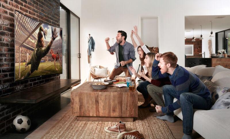 Für echten Fußball-Spaß braucht's den richtigen Screen! Foto: Samsung