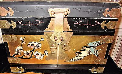 Vintage Black Lacquer & Brass Oriental Jewelry Chest Box; Birds Flower Top