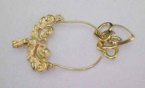 VINTAGE CHARM HOLDER GOLD PLATED WITH  4 LITTLE HEART CHARMS