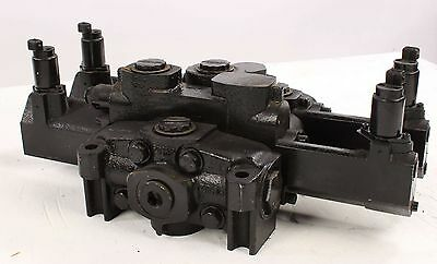 New 348-9202-884 Parker Commercial Hydr. Control Valve For John Deere F124051