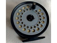 HARDY REEL AND WHEATLEY FLY CLIP BOX