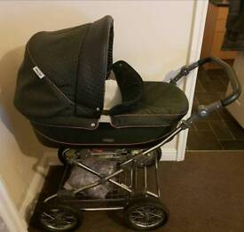 Babystyle pram pushchair ( brand new ) car seat and extras some bra brilliant condition