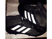 FOOTBALL BOOTS , size 7