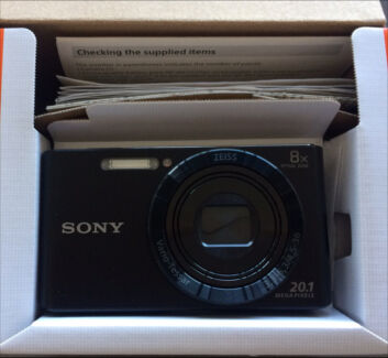 New Sony Digital camera in 📦  Paid $180 never used