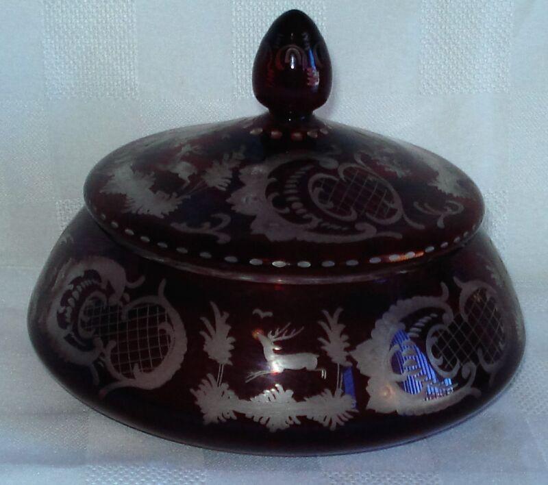 EGERMANN RUBY CRYSTAL LIDDED BONBONNIERE (CZECHOSLOVAKIA)
