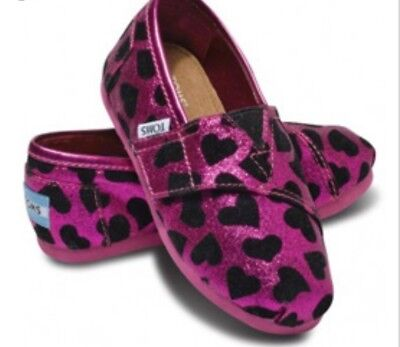 TOMS Shoes NEW Pink Hearts Glitter NWT New in Box Toddler Size Tiny 9 - Pink Toms Toddler