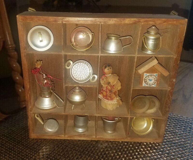 CHARMING Vtg Small Wooden SHADOW BOX Wall Display Shelf Filled w/Cute Miniatures