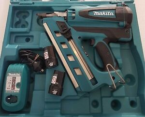 MAKITA Framing Nail Gun Kit GN90, Charger, Batteries, Gas, Case Browns Plains Logan Area Preview
