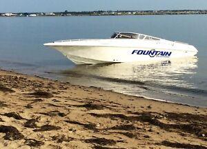 Bateau 2001 Fountain 29 speed boat