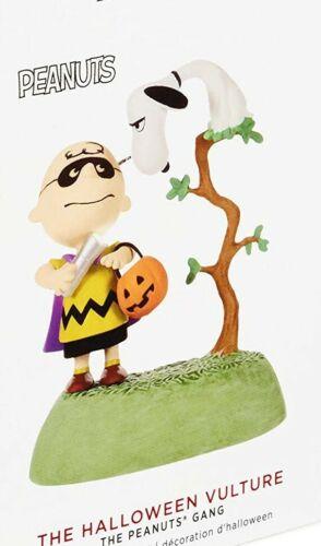 2019 Hallmark Snoopy The Halloween Vulture The Peanuts Gang Ornament-Magic Sound