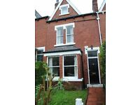 4 bedrooms in Rochester Terrace, Leeds, LS6 3DF