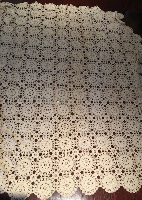 Hand Made Crochet Cotton Off White Table Cover Linen Bed Spread *