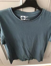 C men's blue t shirt L