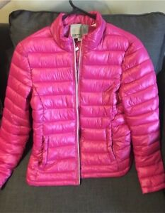 Original Vero Moda Puffer Jacket - Worn only once.