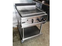 Lincat Chrom top Flat plate Burger & Steak Gas Griddle with table