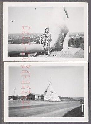 Vintage Photos Family w/ Roadside Dinosaur & Teepee Wigwam Rapid City SD 740969 (Dinosaur Photos)
