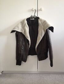 Women's Brown Leather Jacket with Fur Collar; Size 10