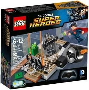 Lego 76044: Super Heroes Clash Of Heroes Retired Brand new