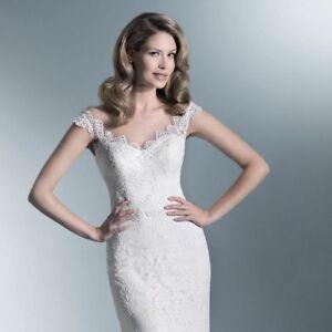 Wedding dress store / bridal boutique