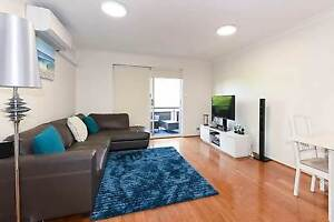 beautiful 2 bedroom unit 3.5km from CBD Greenslopes Brisbane South West Preview