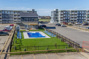 One Month FREE! 1 & 2 Bedroom Apartments: The Greens on Gardiner