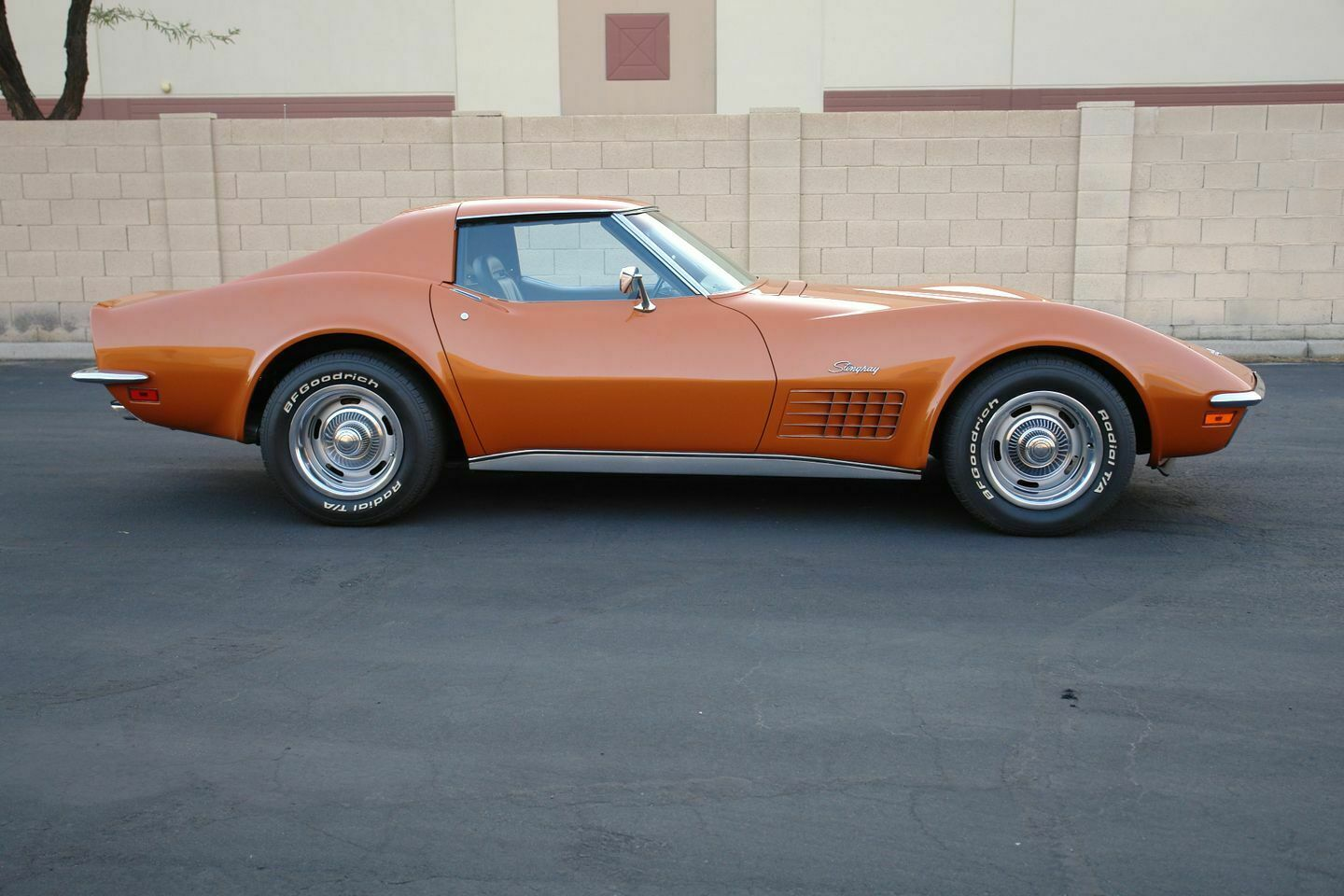 1972 Orange Chevrolet Corvette   | C3 Corvette Photo 2