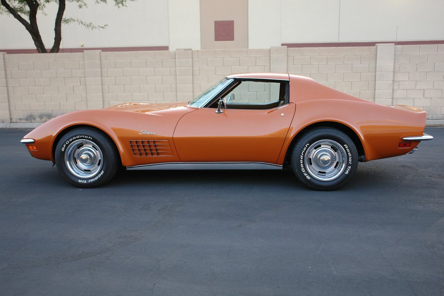 1972 Orange Chevrolet Corvette   | C3 Corvette Photo 6