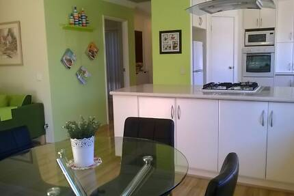 3*1 Lovely House in Belmont for rent - (with SOLAR SYSTEM)