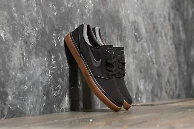Stefan Janoski UK 7.5 Black/ Anthracite- Gum Medium Brown