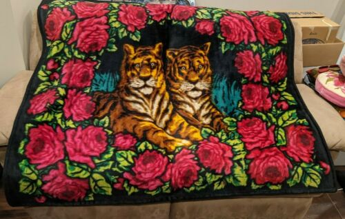 Vintage Buggy Carriage Sleigh Horse Hair/Mohair Chase Blanket, Two Tigers, Roses