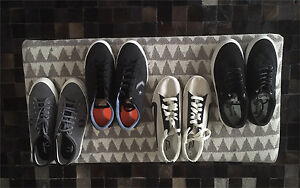 Men's brand new casual shoes 10-10w-10.5